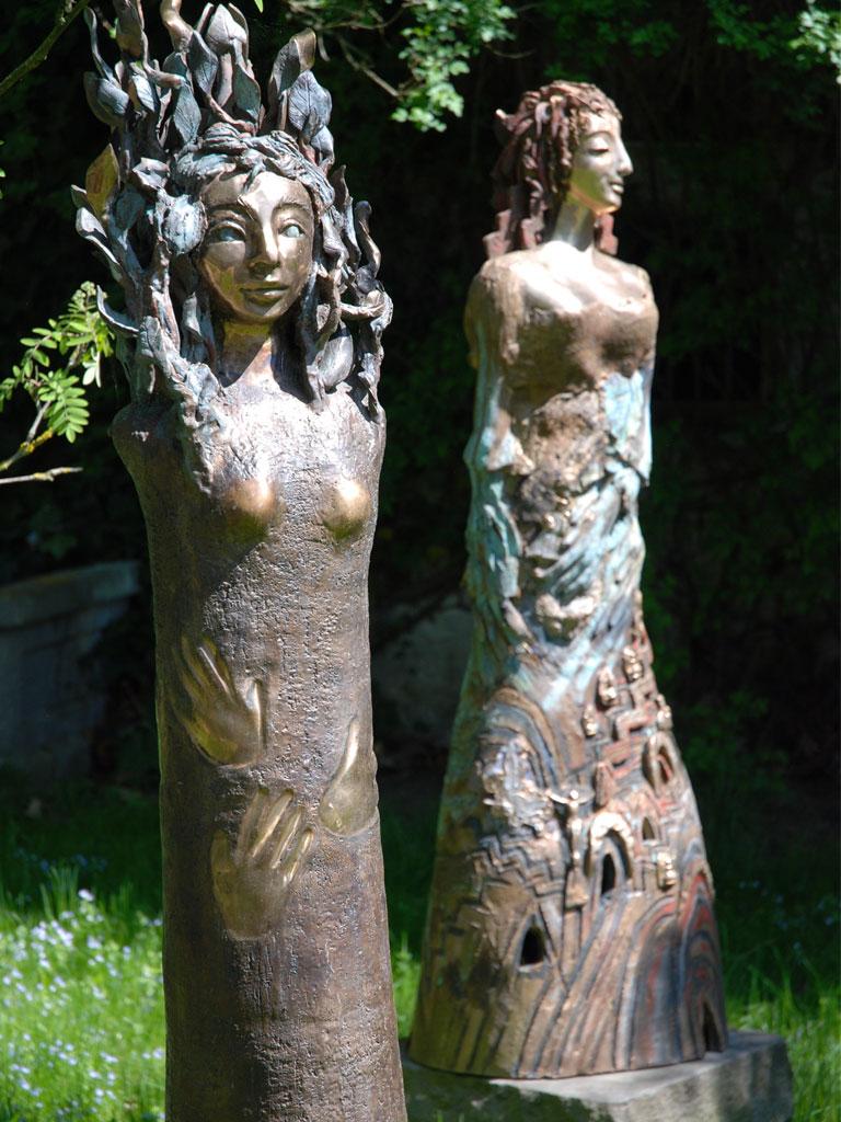 Daphne-und-Hoffnung-(H.ca.1,95m)-Bronze